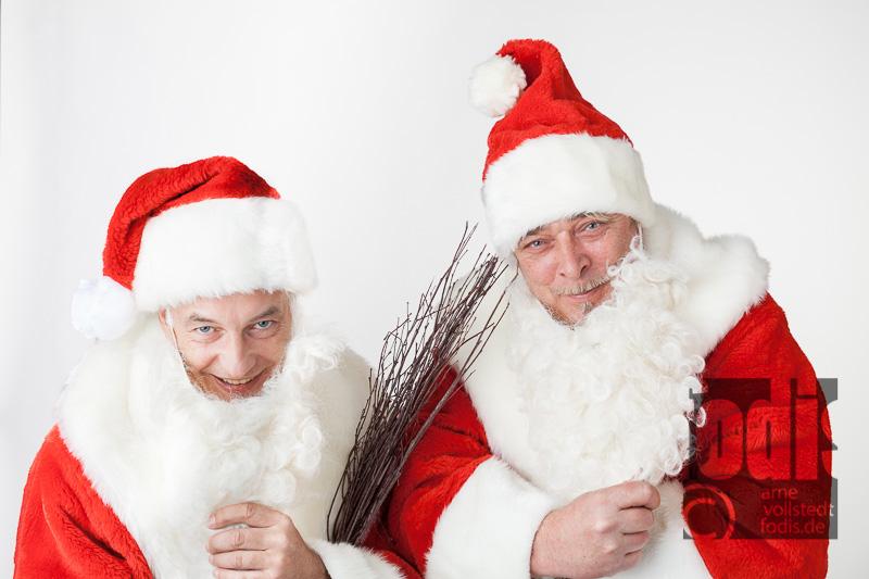 Weihnachtsmänner im fodis Studio