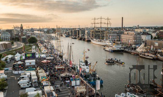 Das Seestadtfest in Bremerhaven mit Schaf Paul